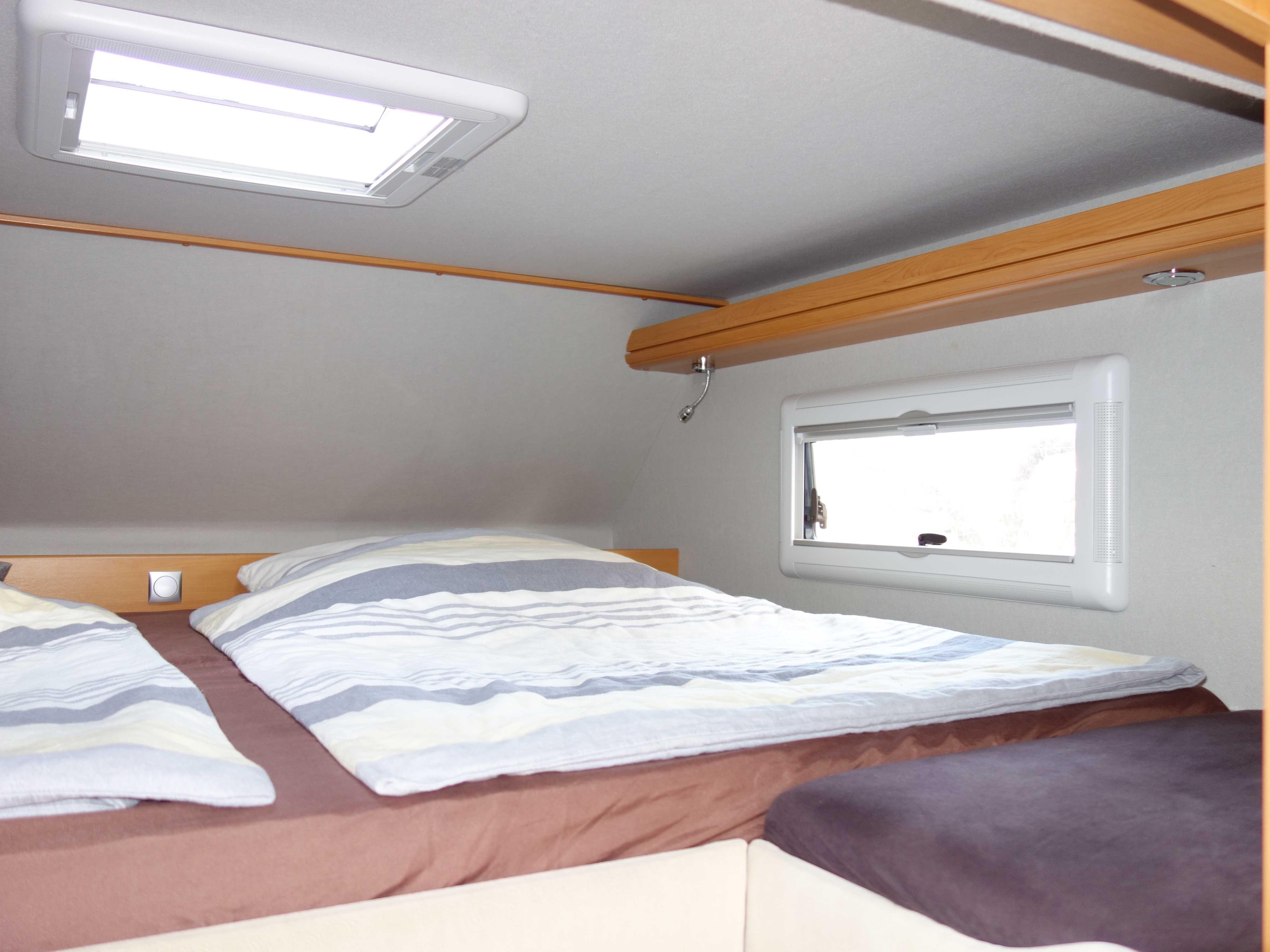 PhoeniX 8000 Betten Seite
